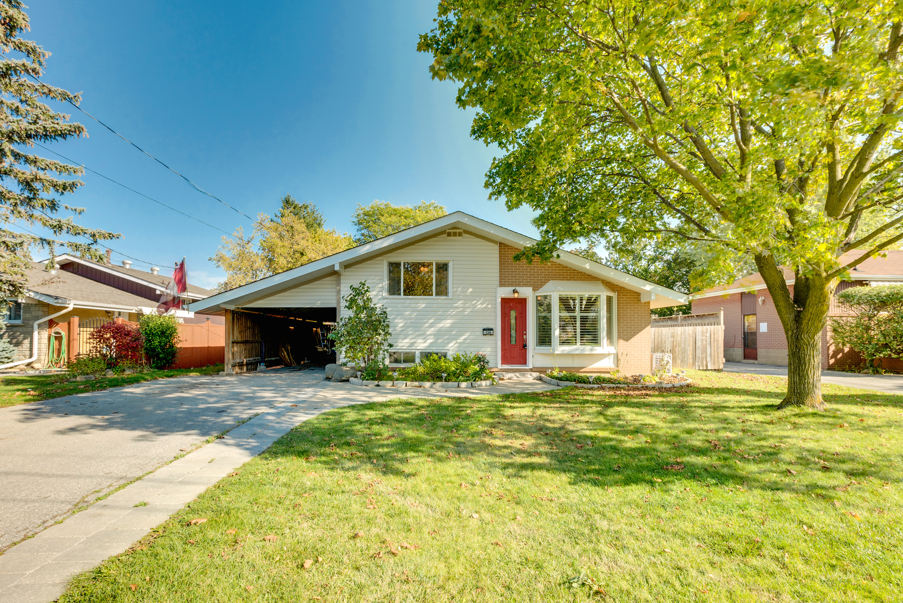 150 Robinwood Crescent 1