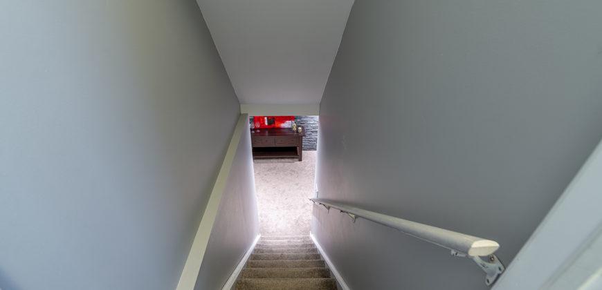 501 Tyrone Crescent | Milton