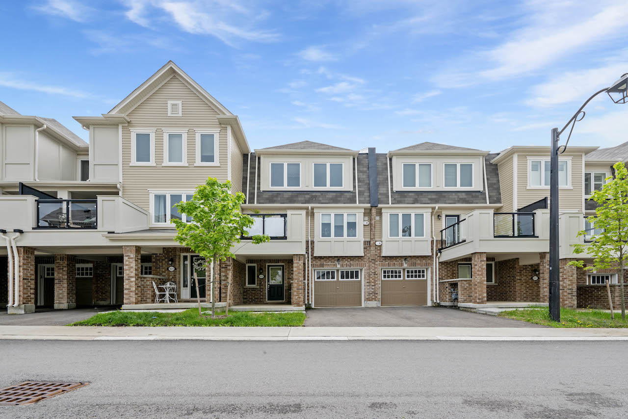 933 Apple Hill Lane | Kitchener